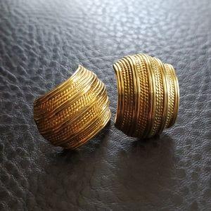 VTG Napier screw clip-back earrings